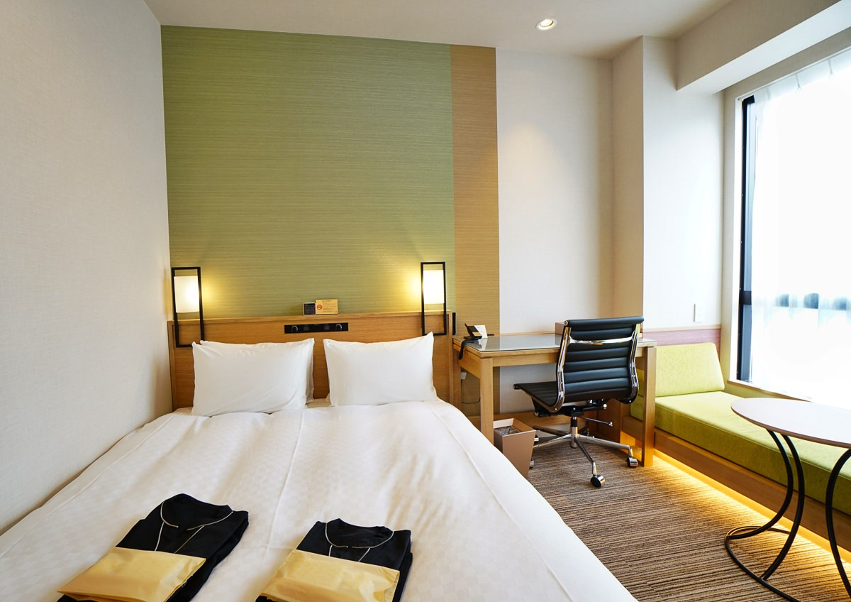 [東京住宿推薦]Candeo Hotels東京新橋飯店-10分鐘到東京車站!走路就到汐留銀座超方便 @美食好芃友