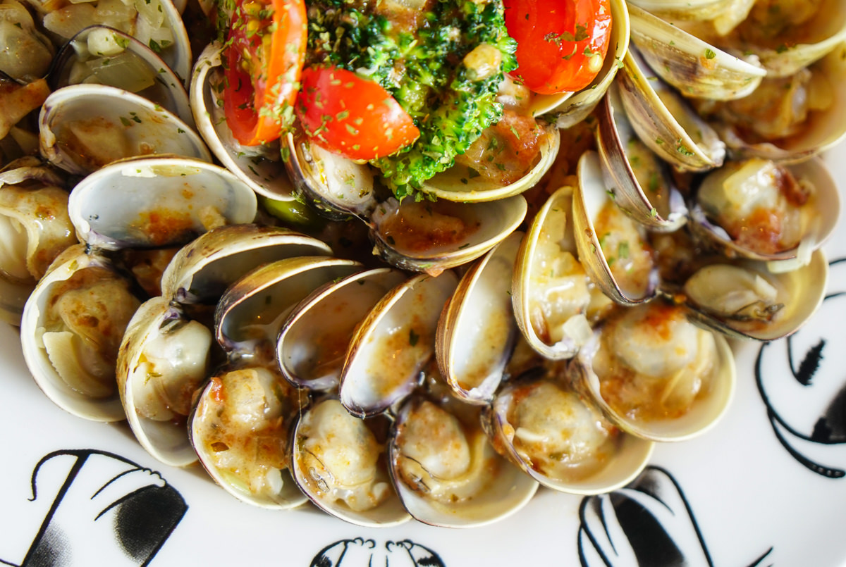 [高雄前鎮美食]初覓手作餐坊-蛤蜊滿載超鮮美蛤蜊燉飯~特色貓主題餐廳 @美食好芃友