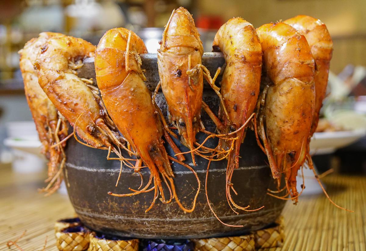 [高雄活蝦]全海岸活蝦之家(高雄華夏店)-爽吃活蝦!顛覆想像的各式蝦料理~高雄聚餐推薦 @美食好芃友