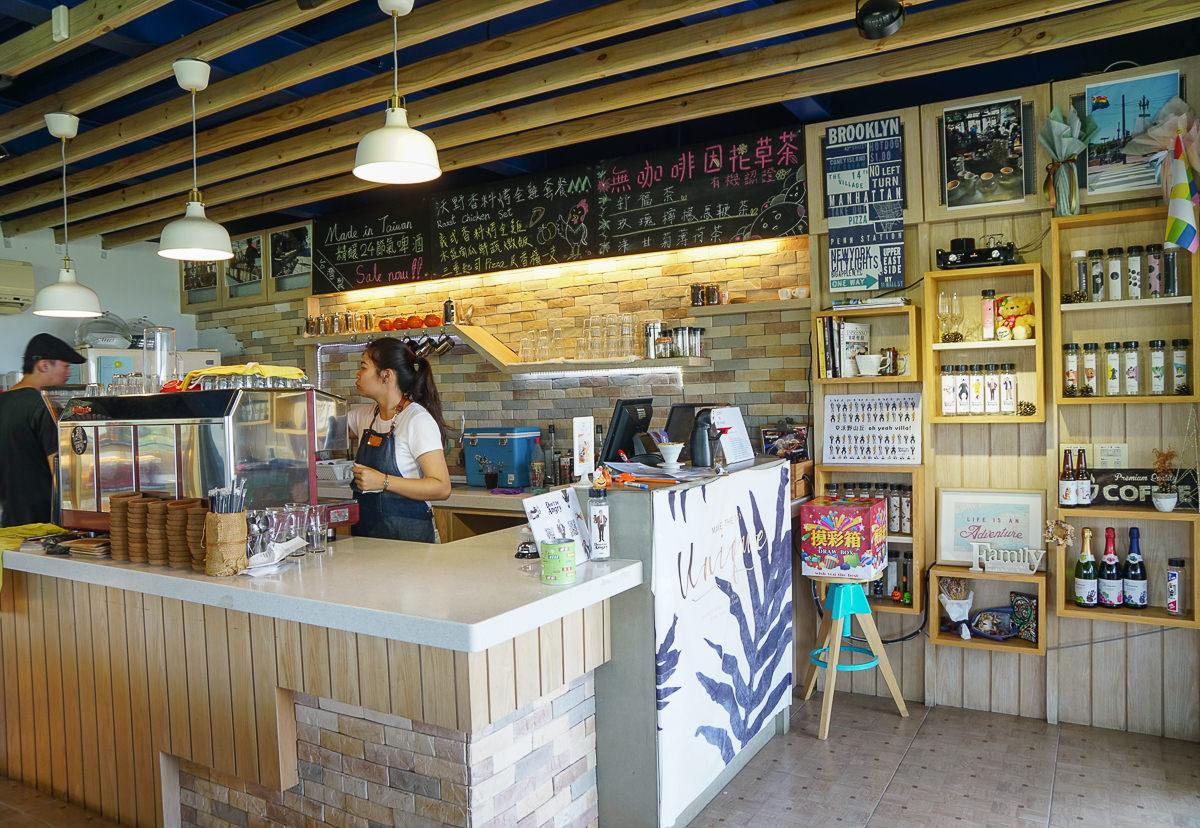 [高雄景觀餐廳]沃野山丘-超人氣阿公店水庫湖景咖啡館~熱門LOVE山丘打卡 @美食好芃友