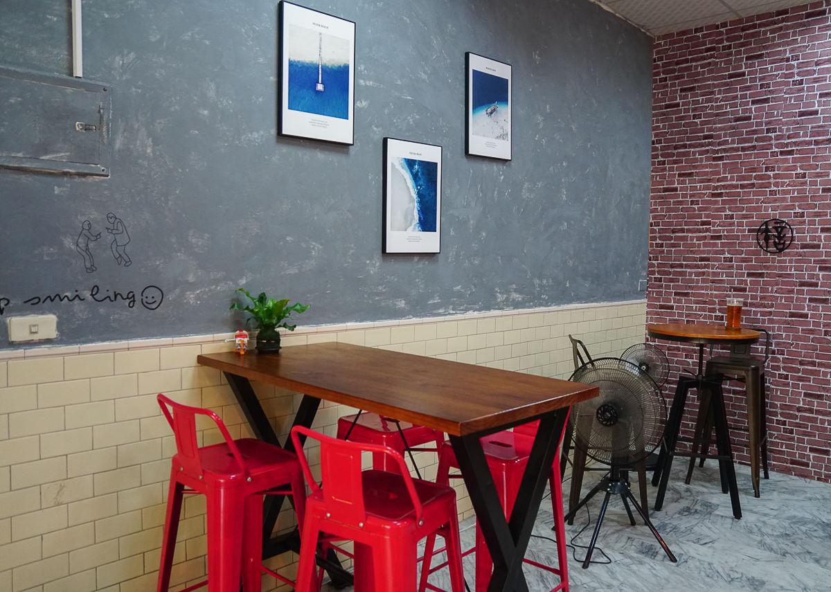 [高雄下午茶]許氏良行 feat. 烤不累-銅板價美味手工布蕾~高醫隱藏版下午茶店 @美食好芃友