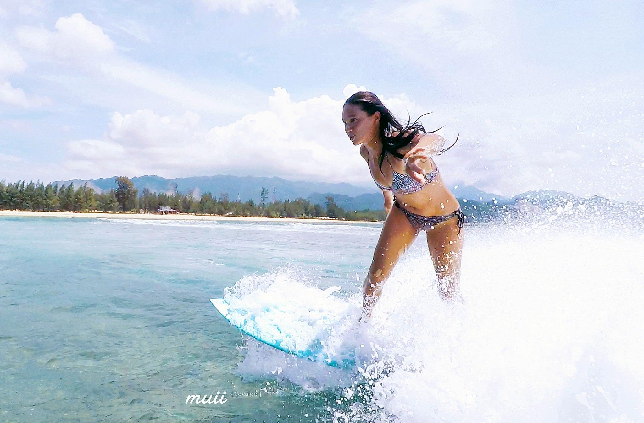 [比基尼推薦]muii seaside-超顯身材又好穿!花色超特別的運動比基尼~衝浪下水不走光 @美食好芃友