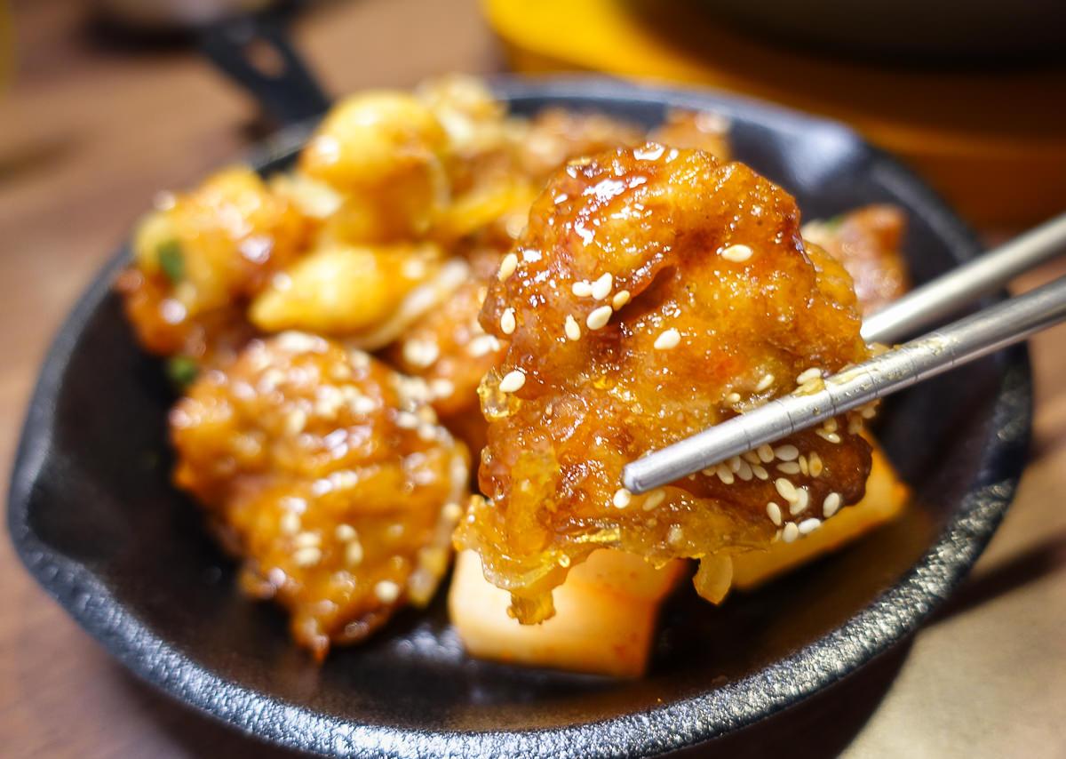 [高雄]韓石食堂(林森店)-超平價韓式料理!百元初享韓式豆腐鍋石鍋拌飯套餐 @美食好芃友