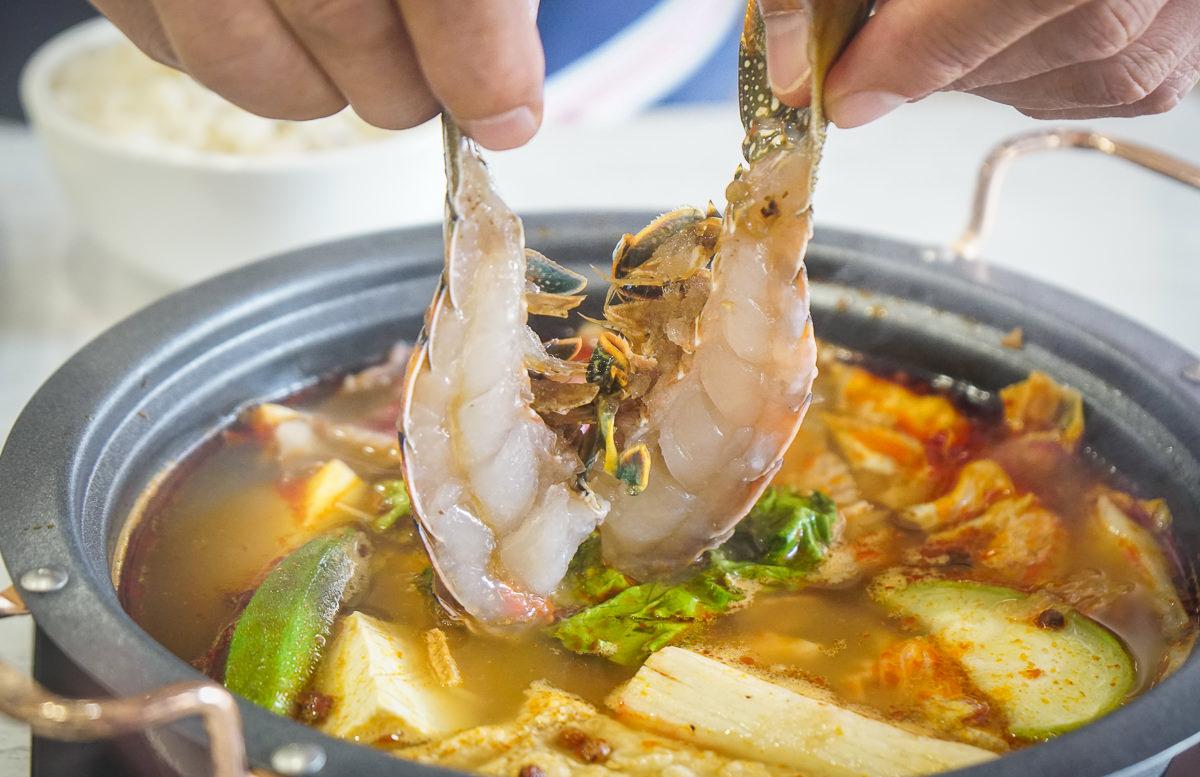[高雄火鍋推薦]肉癮食鍋-大口吃肉吃海鮮!不到千元超值海陸雙人鍋 @美食好芃友