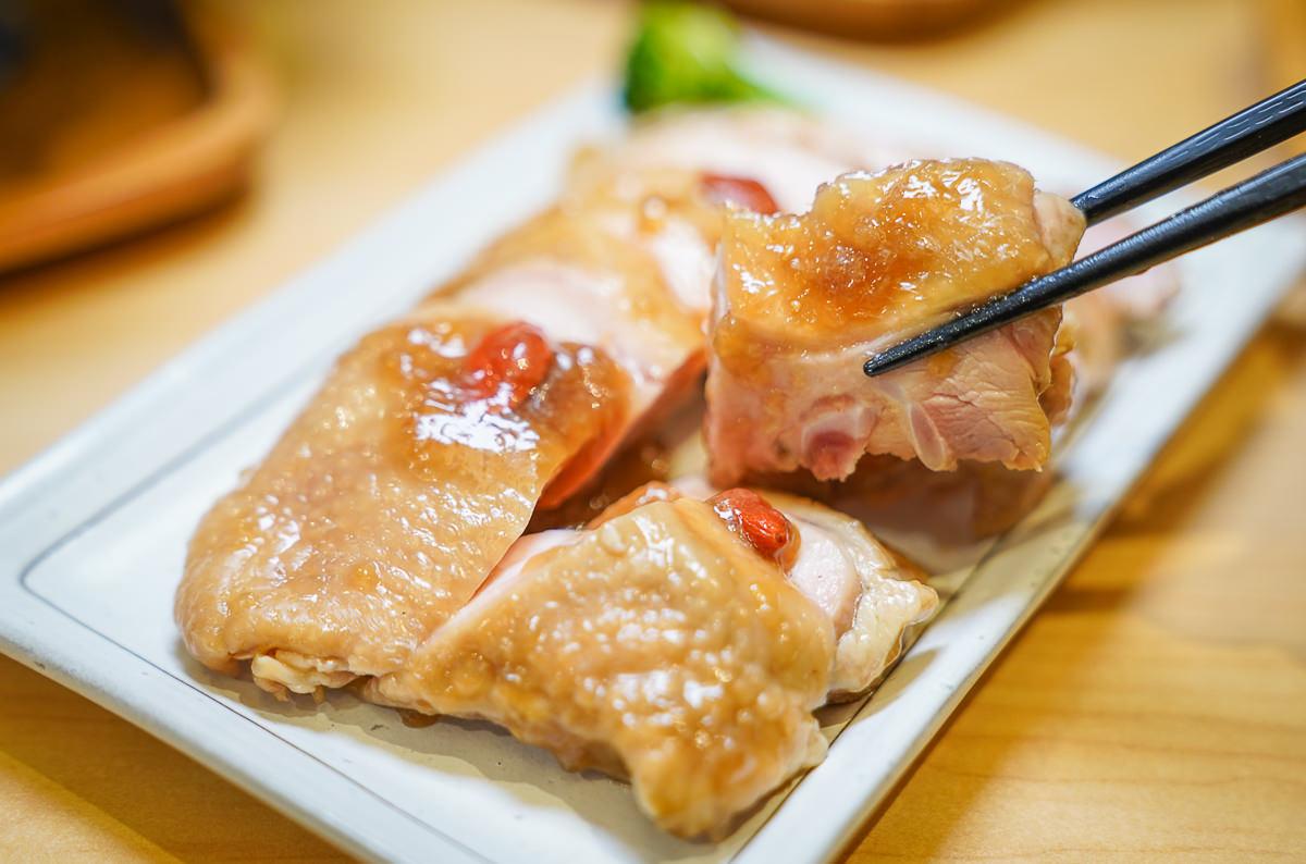 [高雄文化中心美食]赤燒分子廚藝丼-肉控必吃肉肉丼飯!滿足老饕的極致手藝 @美食好芃友