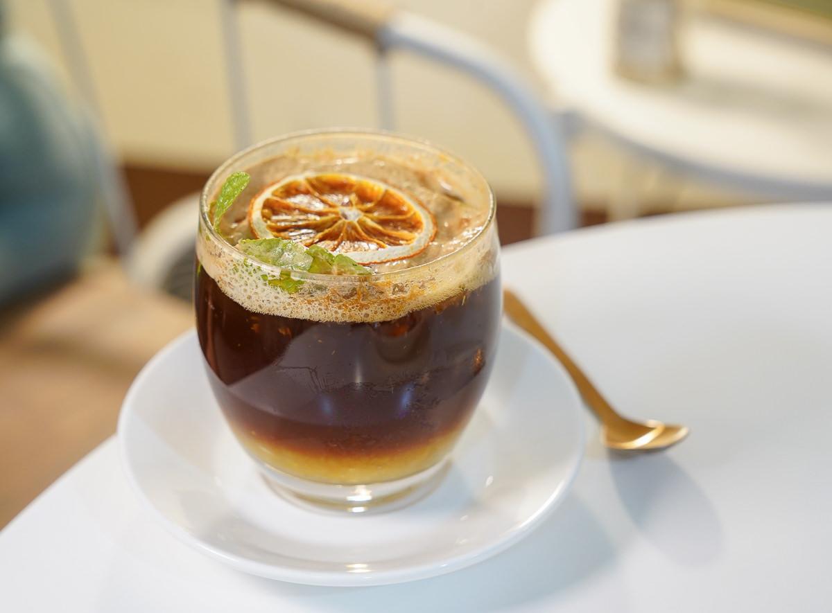 [高雄下午茶推薦]槑咖啡MEI Coffee-高雄後火車站低調手工甜點~許你一個甜甜小確幸 @美食好芃友