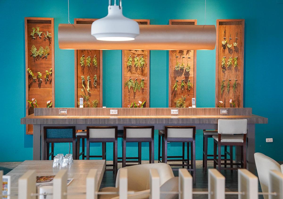 [高雄早午餐]金茂宜咖啡(旗艦總店)-豐盛輕食義大利麵x莊園精品咖啡~適合輕熟女質感藍灰色系空間 @美食好芃友