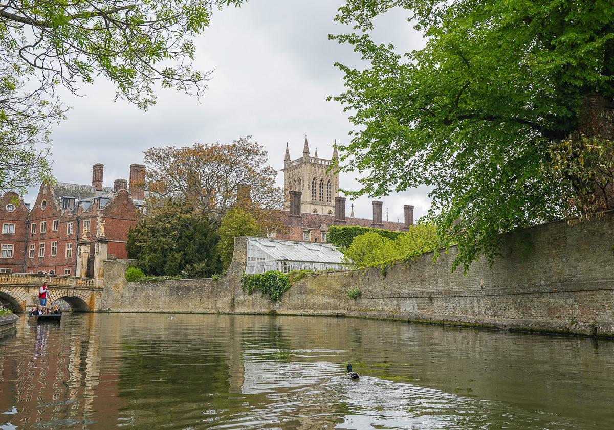 [英國景點]劍橋大學半日遊-搭船尋找徐志摩的詩集夢境(含交通、劍橋景點與門票資訊) @美食好芃友
