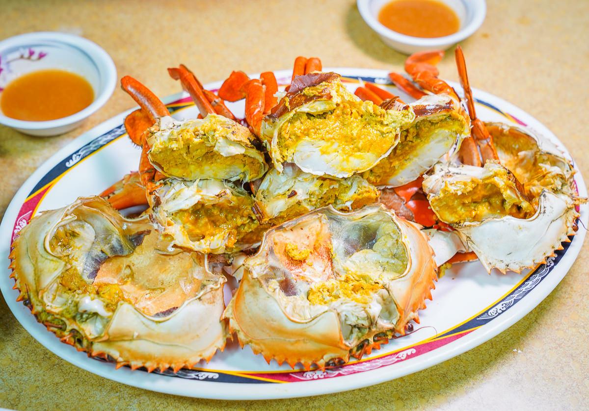 [高雄前金美食]菜包李小吃部-沒賣菜包賣海鮮!內行人才知道的高雄最好吃海鮮 @美食好芃友