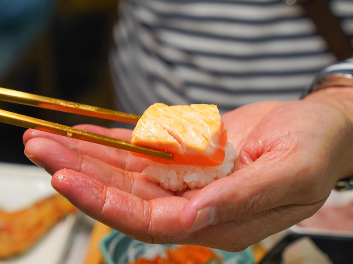 [文山特區美食]梅崎燒壽司-全台獨家!壽司+燒烤九宮格套餐~自己的壽司自己決定 @美食好芃友