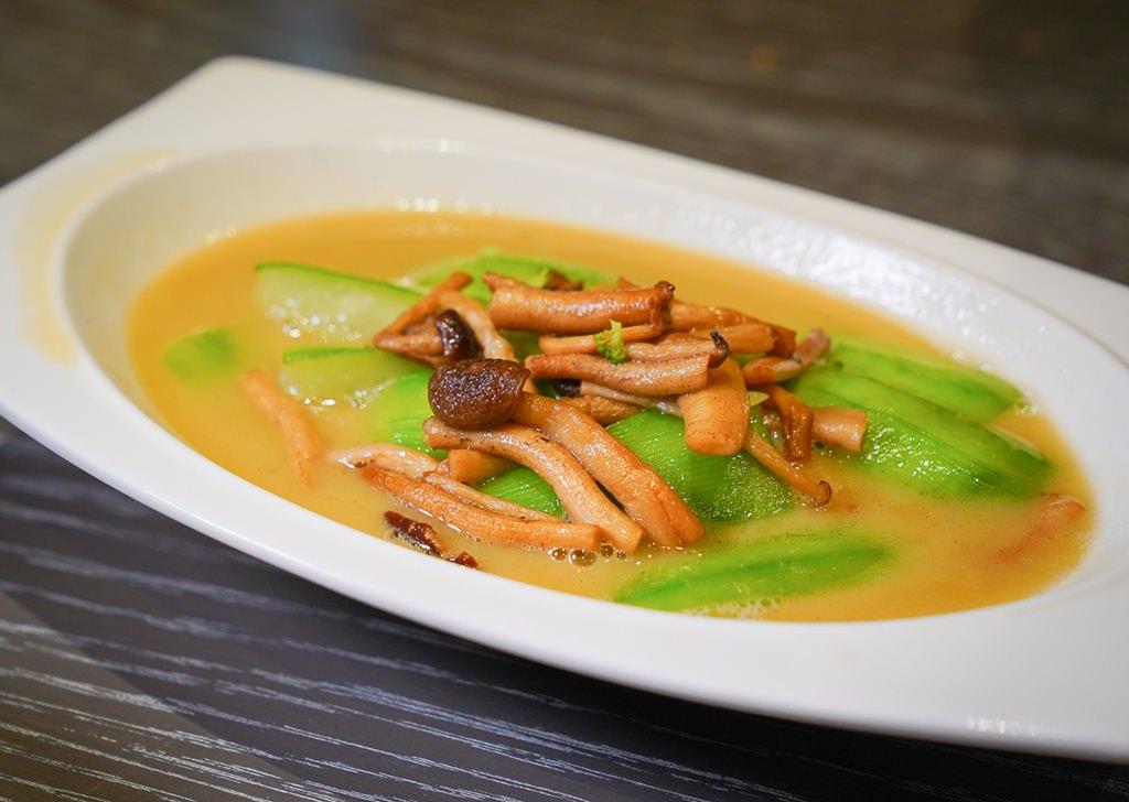 [板橋美食推薦]台北新板希爾頓飯店青雅中餐廳-超乎想像精緻中式口味~一人來也能獨享的中式套餐 @美食好芃友