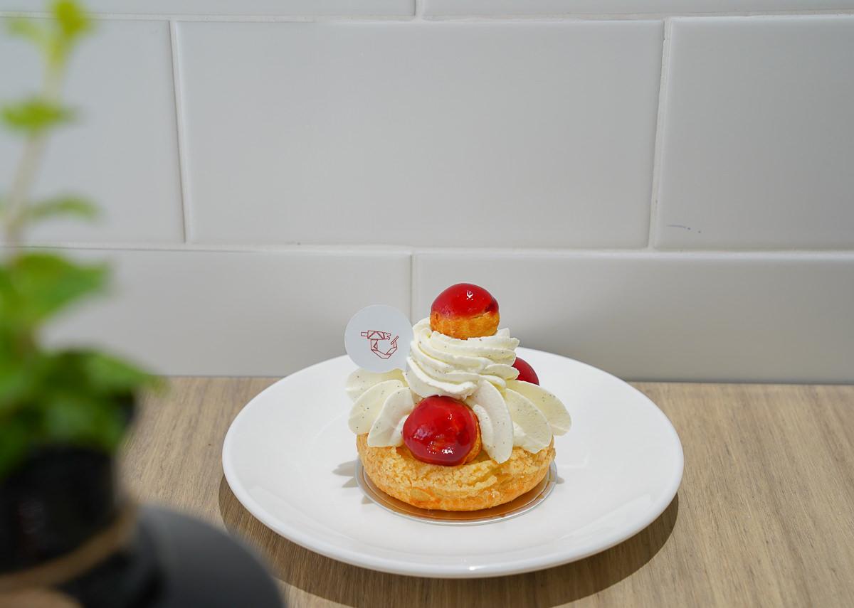 [高雄]溫柔實驗室-最溫柔的純白午後時光!鹽埕區話題法式甜點店 @美食好芃友