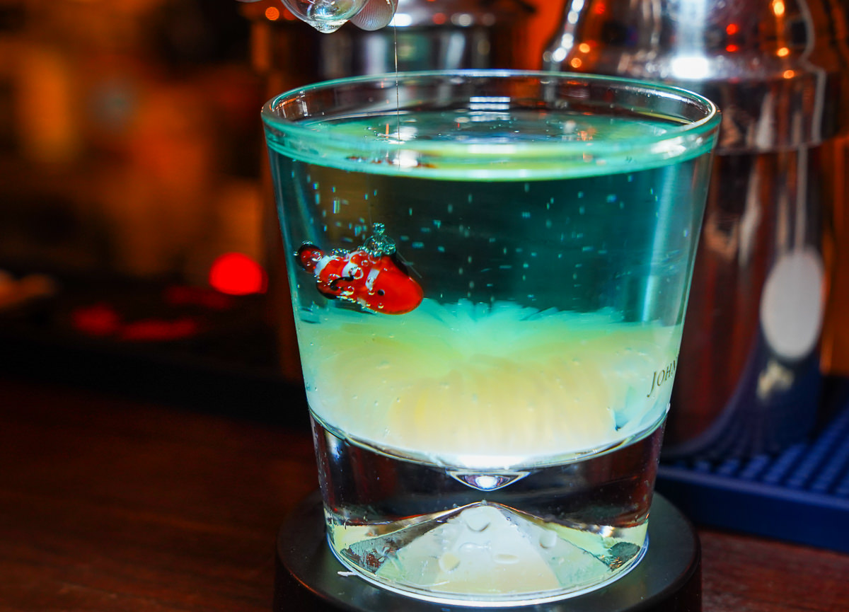 [墾丁酒吧推薦]30M BAR-夢幻小丑魚調酒! 有個性的恆春鎮隱密酒吧 @美食好芃友