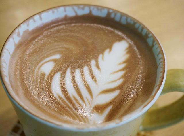[高雄]啜飲咖啡香X超可愛美味乳酪蛋糕-36味咖啡館˙自家煎焙 @美食好芃友