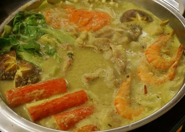 [高雄]泰國家常菜X香濃椰奶綠咖哩鍋-泰豪泰式料理 @美食好芃友