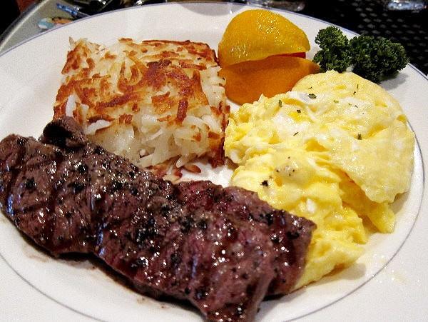 [台北東區]低調小店大美味美式早餐- M ONE Cafe @美食好芃友