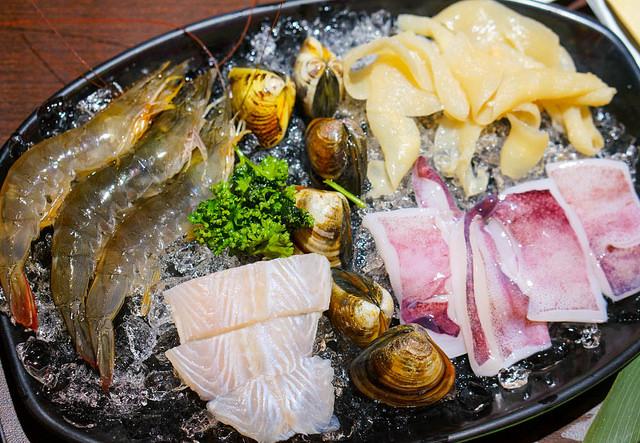 [高雄]頂級預約制麻辣鍋!550超值吃肉吃海鮮-川堂紅成都老火鍋 @美食好芃友