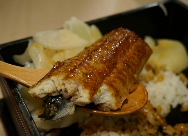 [台南]美味現烤鰻魚丼X豪華天丼-鰻丼作日式餐廳 @美食好芃友