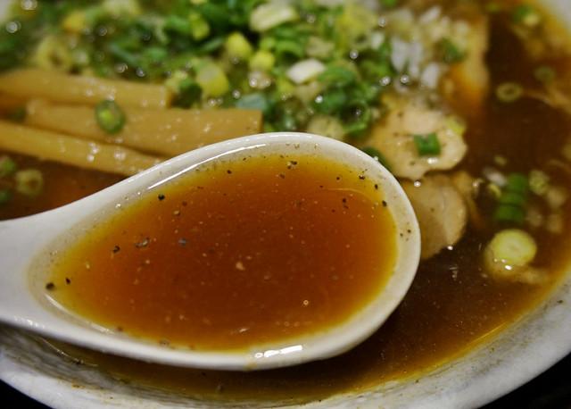 [台北]好好味鷹流東京醬油拉麵-蘭丸 @美食好芃友