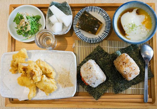 [高雄]豐盛日式早午餐X和風洋食-柒壹喫堂 @美食好芃友