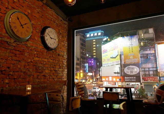[高雄]慵懶小酒館氣圍X庶民小食-Mensa Locale 在地小食堂 @美食好芃友