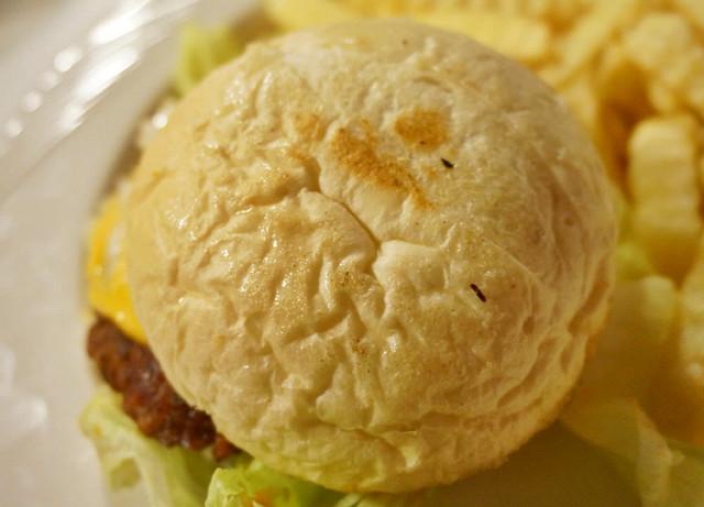 [高雄]驚艷美式手工漢堡肉!?WCD西岸西式快餐 @美食好芃友