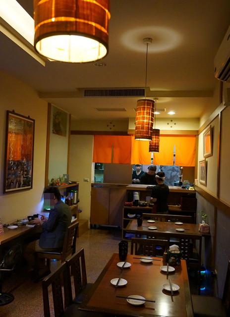 [高雄]恬淡日式家庭味,軟嫩親子丼X好吃烏龍麵-田舍慎太郎料理 @美食好芃友