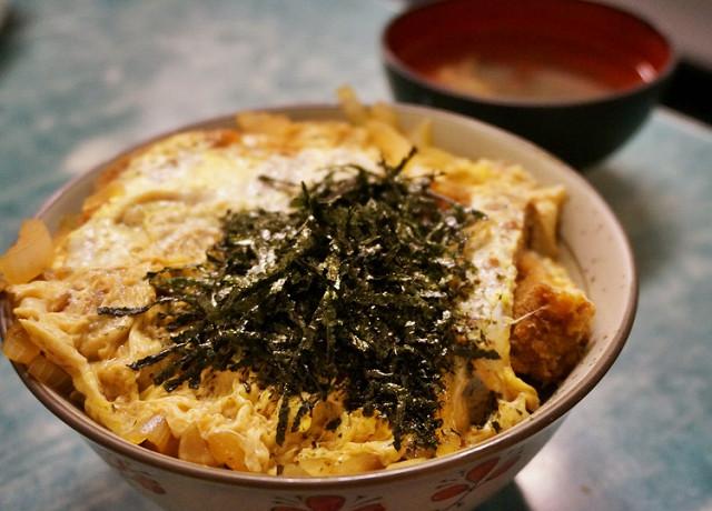 [高雄]超平價!日本老爹的道地豬排丼-山手日式蓋飯 @美食好芃友