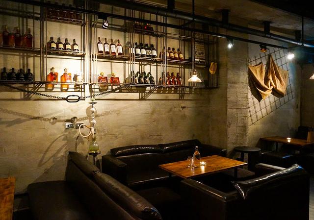 [高雄]美味餐點X繽紛調酒!慵懶微醺放鬆空間-慾望城市美食餐酒Bar @美食好芃友