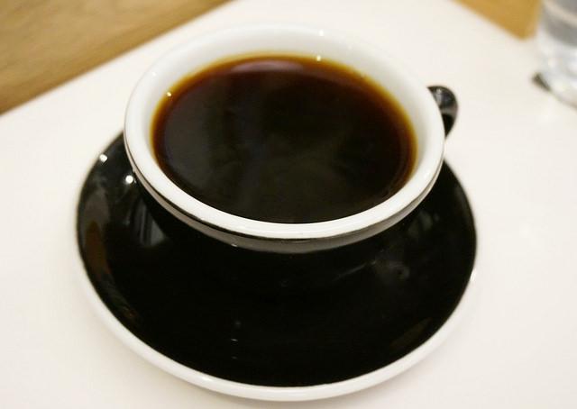 [高雄]質感空間享輕食喝咖啡-KSL Coffee @美食好芃友