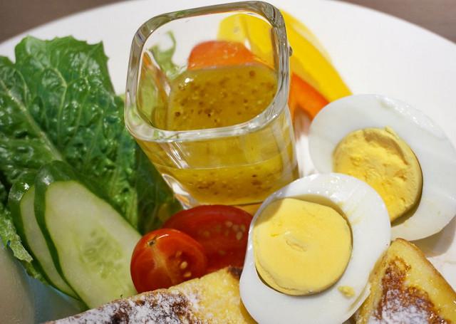 [高雄]溫馨風天然食材早午餐X飽足美味雞腿三明治-樂樂。小時光 @美食好芃友