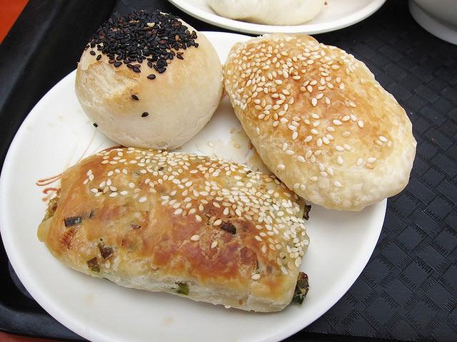 [高雄]眷村包子香-寬來順早餐店 @美食好芃友