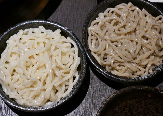 [高雄]精品頂級海鮮火鍋!甜美湯底X龍蝦買一送一優惠-銅花精緻涮涮鍋 @美食好芃友