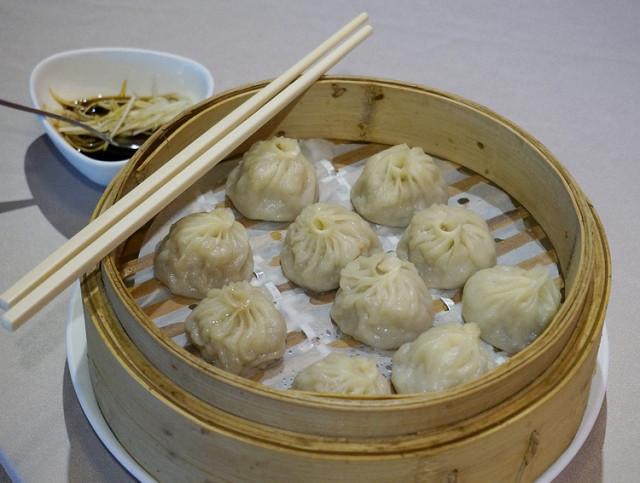 [高雄]典雅嘗經典上海菜-紅豆食府(高雄大立精品店) @美食好芃友