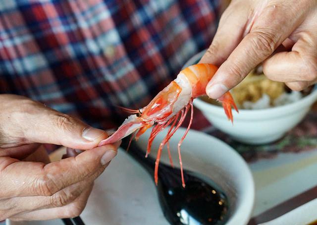 [高雄]紅毛港夕陽盡入眼底!港邊旋轉餐廳X大啖美味海鮮-小紅食堂旋轉餐廳 @美食好芃友