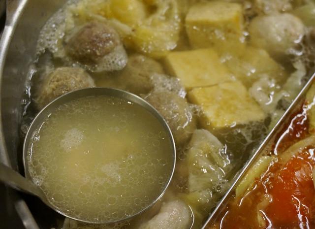 [台南]天氣冷,來個暖暖的高粱酸菜白肉鍋-延齡堂商行 @美食好芃友